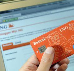Nibud: bijna helft Nederlanders is overzicht financiën kwijt. Digitale rekeningen zijn de boosdoener